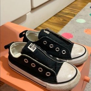 7c Black Converse